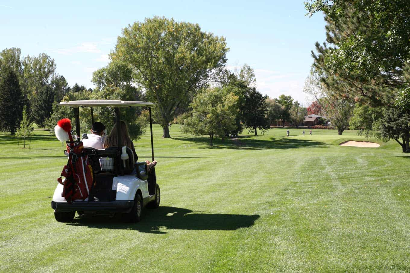 Golf-Cart-at-Highland-Hills